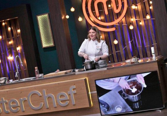 Populiariame Bulgarijos nacionalinės televizijos šou Viktorija pristatė ir šou dalyvius mokė gaminti lietuvišką varškės sūrelį
