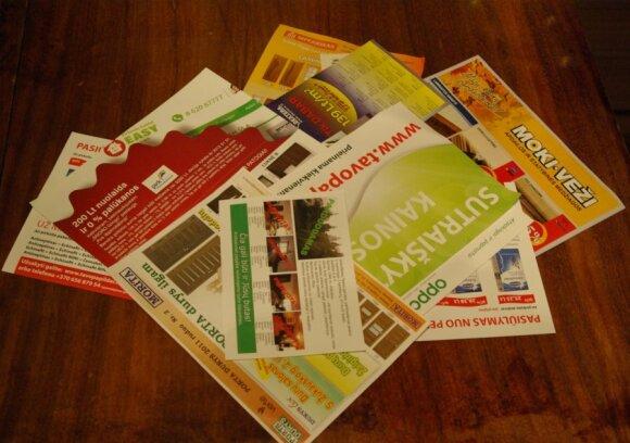 Neužsiklijavus lipduko maždaug toks kiekis reklamos pašto dėžutėje susikaupia per savaitę