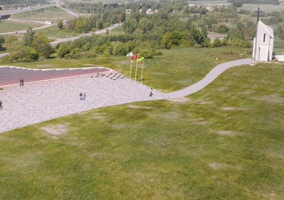 Kryžkalnyje planuoja statyti paminklą partizanams – pristatė projektą