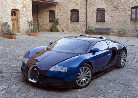 Bugatti Veyron (2005 m.)