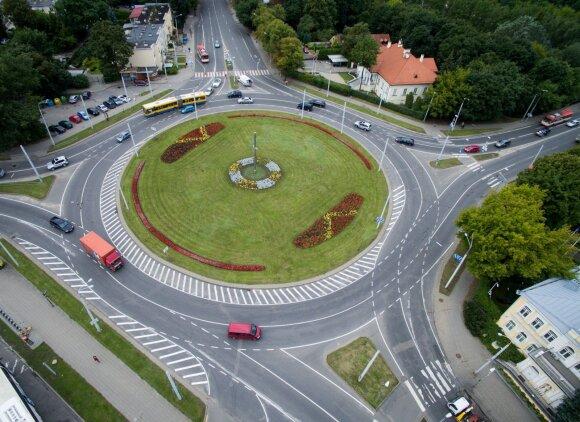 Metai po eismo pakeitimų Vilniaus žieduose: planuojamos permainos ir kitose sankryžose