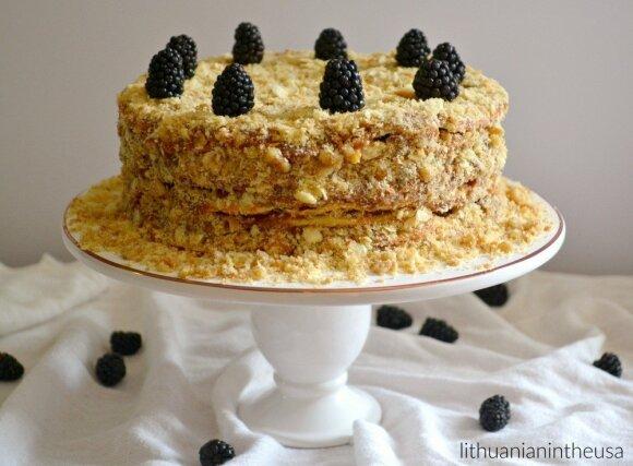 Čilietiškas tūkstančio sluoksnių tortas