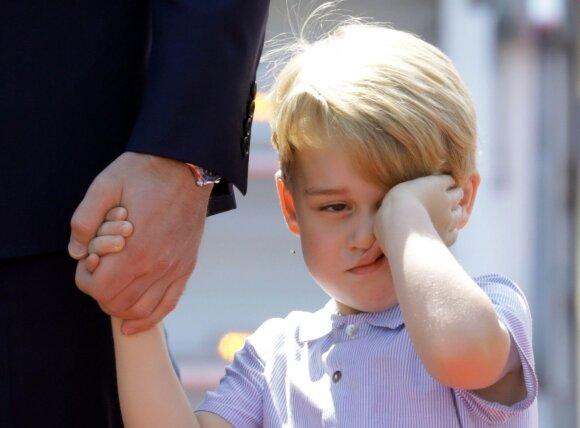 Įspūdingiausios karališkųjų mažylių nuotraukos: kelionėje būta ir ožiukų, ir ašarų