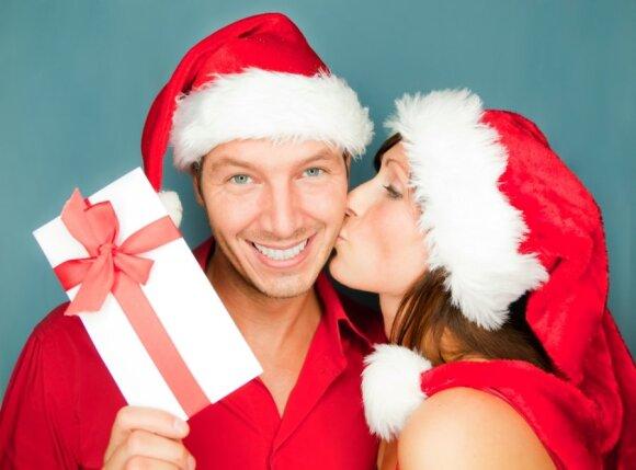 Išsiaiškino, kiek lietuviai gauna nereikalingų dovanų ir ką su jomis daro: vyrų ir moterų pasirinkimai išsiskyrė