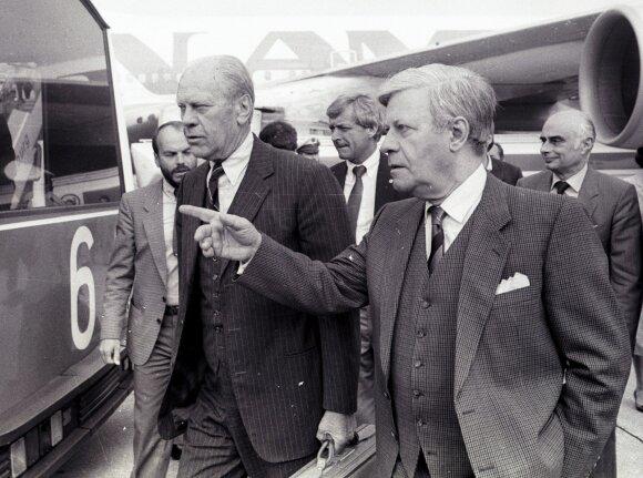 Geraldas Fordas (kairėje)