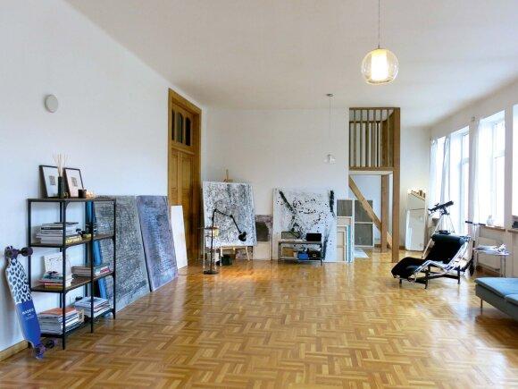 Rankinių dizainerė apie studiją šimtamečiame smetoniniame name: jaučiu to meto dvasią