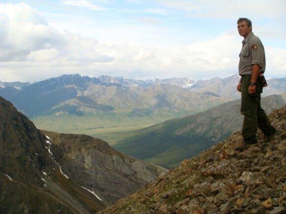 Kenas Ilgunas, dirbantis reindžeriu nacionaliniame parke