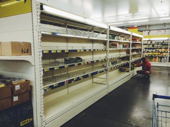 Rusijos prekybos centrų lentynos