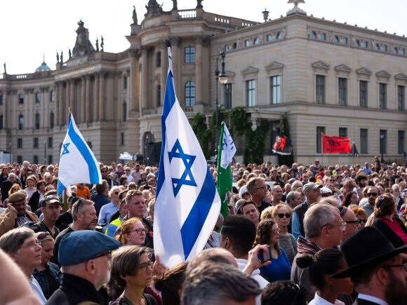 Demonstracija Vokietijoje prieš anisemitizmą