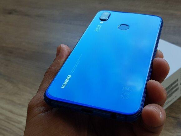 """Naujoji """"Huawei"""" telefonų šeima: trys modeliai skirtingiems poreikiams"""