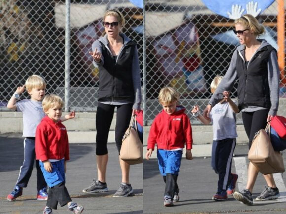 Julie Bowen su sūnumis