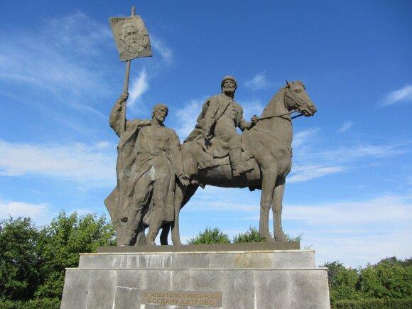Istorikas A. Vyšniauskas. Ką statysime vietoj nugriauto Lenino?