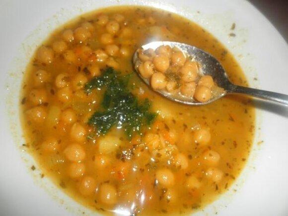 Graikiška avinžirnių sriuba