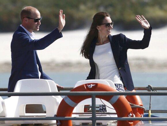 Kate Middleton ir jos akivaizdžiai padidėjusi krūtinė