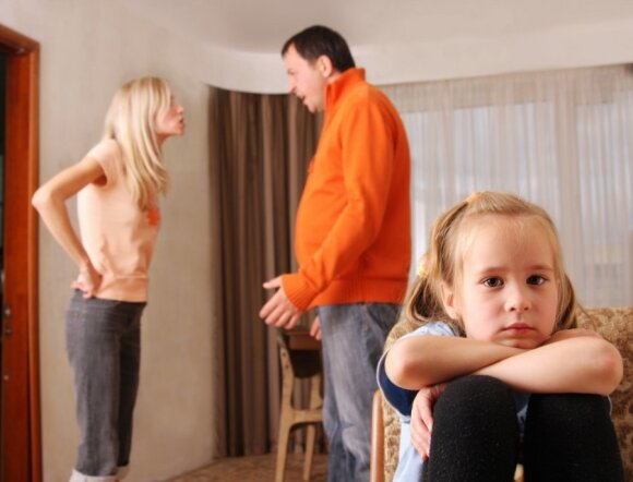 Neištikimybė šeimoje, kurioje auga vaikai: atleisti ar ne?
