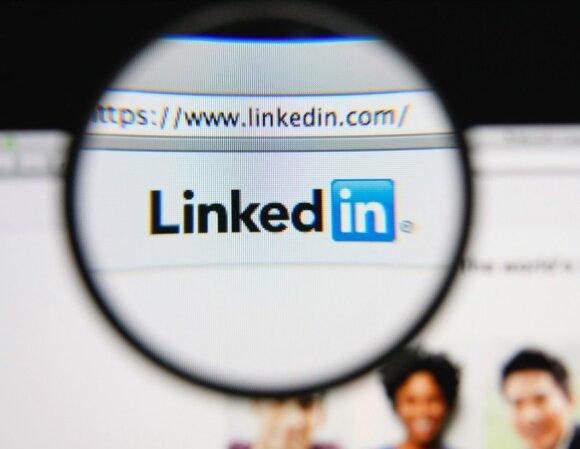 """Kiekvienas specialistas turėtų naudotis """"LinkedIn"""": kaip išsiskirti šiame socialiniame tinkle"""