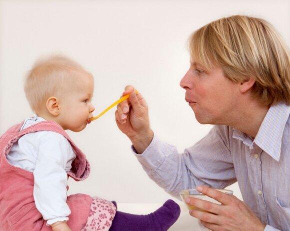 """Jei vyras nesidomi vaiku, priežastis gali būti netikėta <sup style=""""color: #ff0000;"""">(psichologės komentaras)</sup>"""
