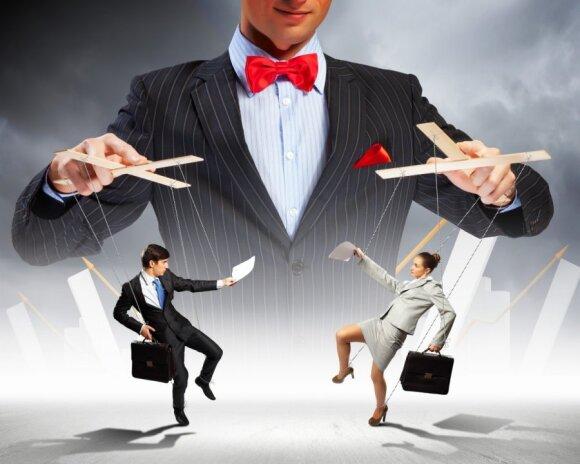10 požymių ir metodų, kad jumis manipuliuojama
