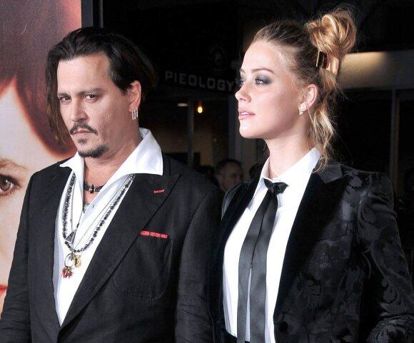 Amber Heard ir Johnny Depp