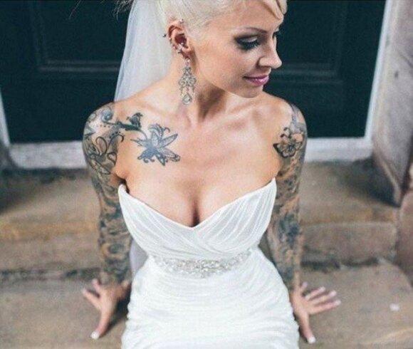 Claire vestuvių dieną