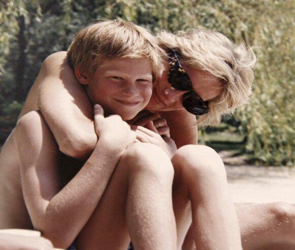 Princesė Diana su sūnumi Harry