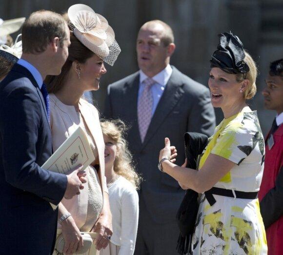 """Karališkos šeimos pirmoji kūdikio nuotrauka kursto aistras <span style=""""color: #ff0000;""""><sup>FOTO</sup></span>"""