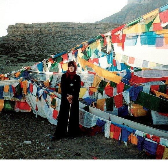 Jurga Ivanauskaitė. Kelio aplink šventąjį Kailašo kalną pradžia, Tibetas, 1998.