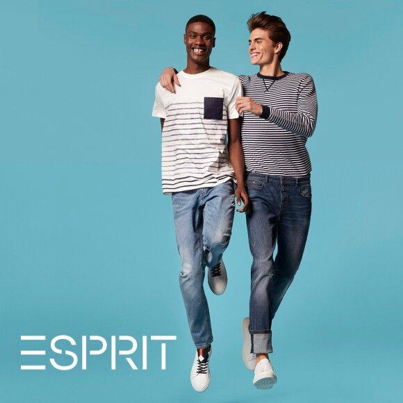 """""""Esprit"""" kviečia šeimas laimėti profesionalią fotosesiją ir dovanų kuponą. Laimėtojai"""