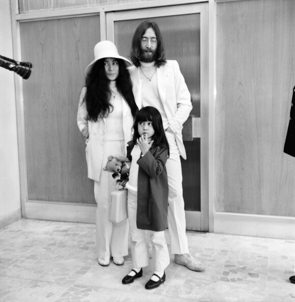 John Lennon su šeima