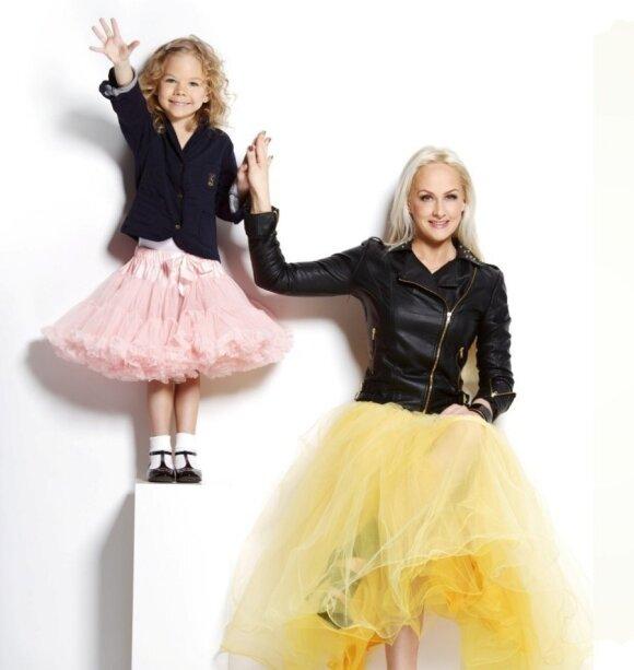 """Diana Dargienė - atvirai apie laimę būti mama <sup style=""""color: #ff0000;"""">FOTO</sup>"""