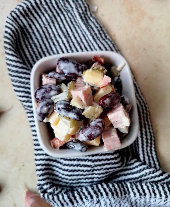 Žieminės pupelių salotos