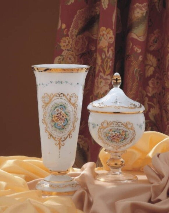 Klasikinės Egermann vazos, tapytos rankomis