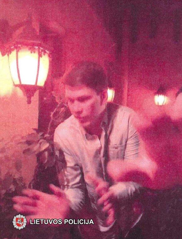 Policija prašo atpažinti naktiniame klube siautėjusius mušeikas