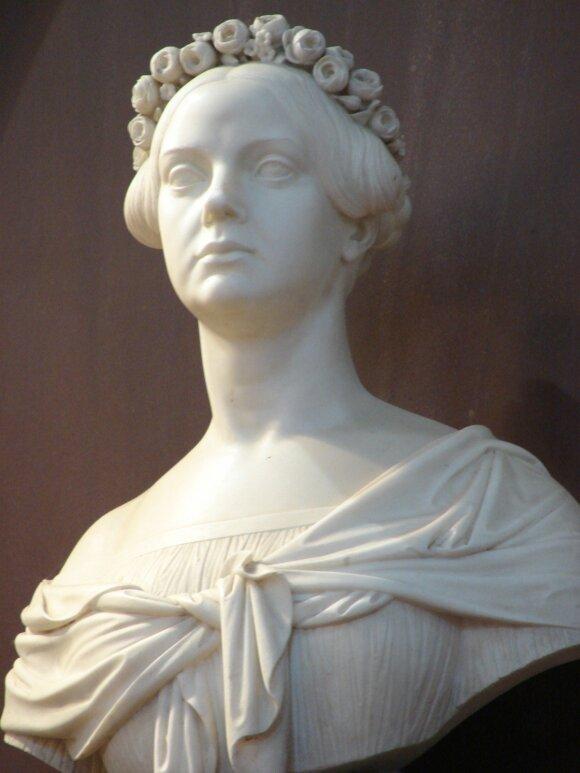 I. Oginskio žmonos O. Kalinauskytės biustas (dail. P. A. Cattier)