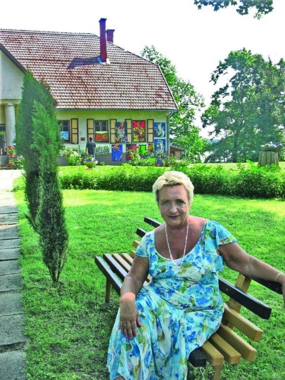 """""""Dvaras yra gyvenimo būdas"""", – tikina Bikuškio savininkė Dalia Gruodienė. S. Drebickaitės nuotr."""