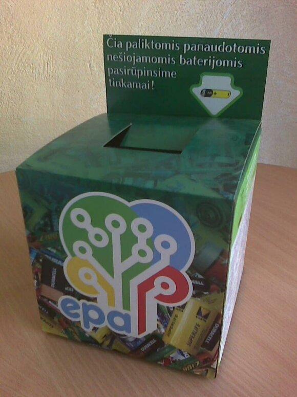 Baterijoms rinkti skirtos specialios dėžutės prekybos centruose, mokyklose, paštuose
