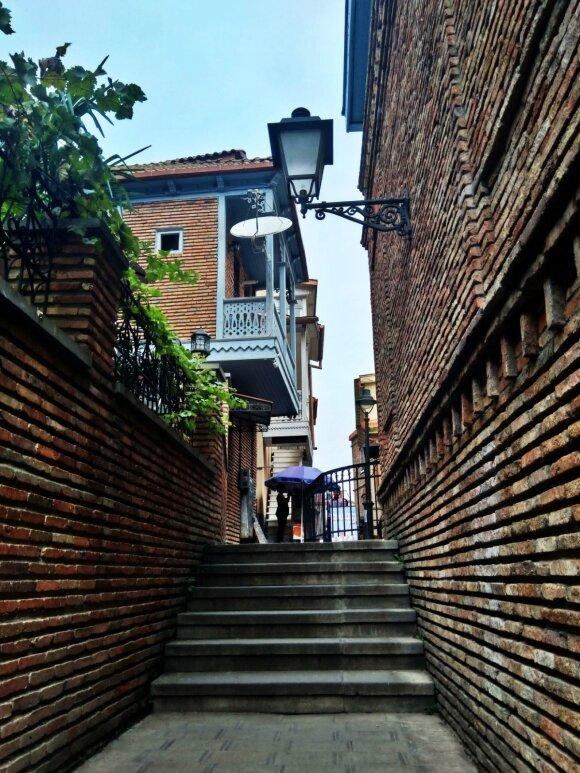 Siauros Tbilisio gatvelės, dar vadinamos Italija
