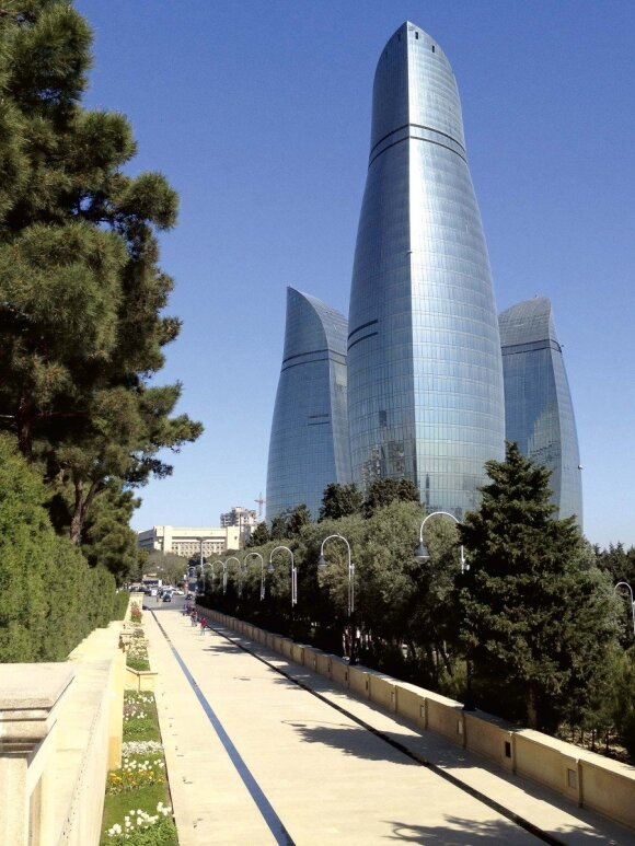 Azerbaidžanas neslepia ambicingų norų pralenkti Jungtinius Arabų Emyratus