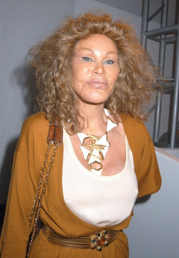 """Moteris katė"" Jocelyn Wildenstein"