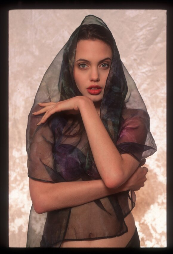 Angelina Jolie (1991 m.)