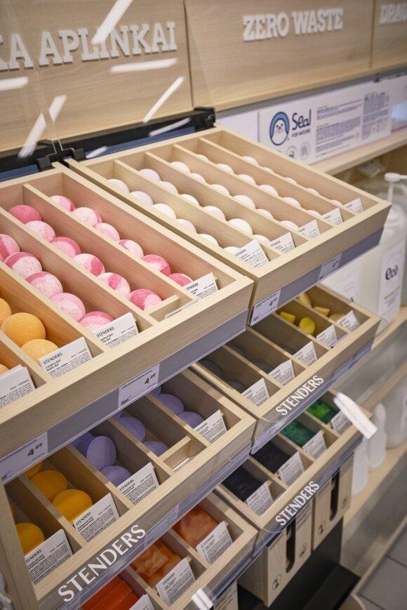 """""""Rimi"""" pirmasis iš prekybos tinklų Baltijos šalyse pradeda prekybą nepakuotomis švaros ir higienos prekėmis"""