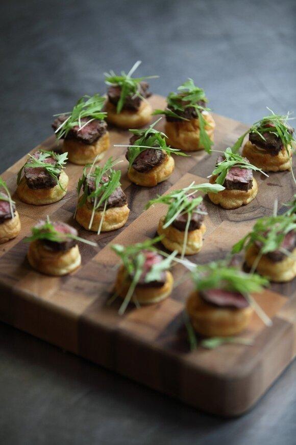 Canapés – stilingieji mažieji sumuštinukai