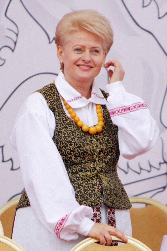 Prezidentė Dalia Grybauskaitė su tautiniais rūbais