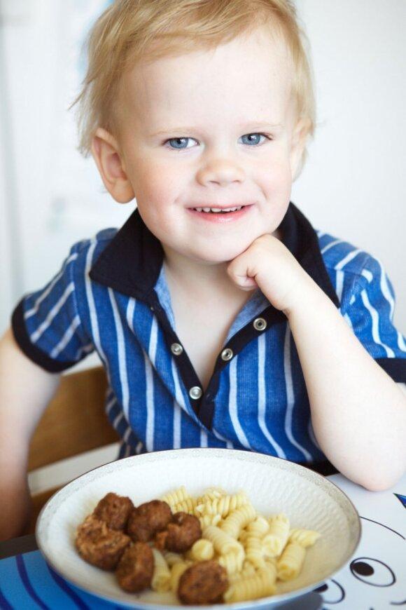 Mėsos gaminiai vaikams: į ką atkreipti dėmesį