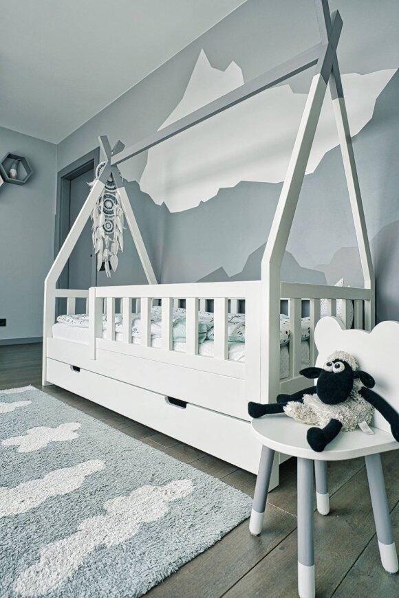 Vido Kniežos pagamintos lovos vaikams