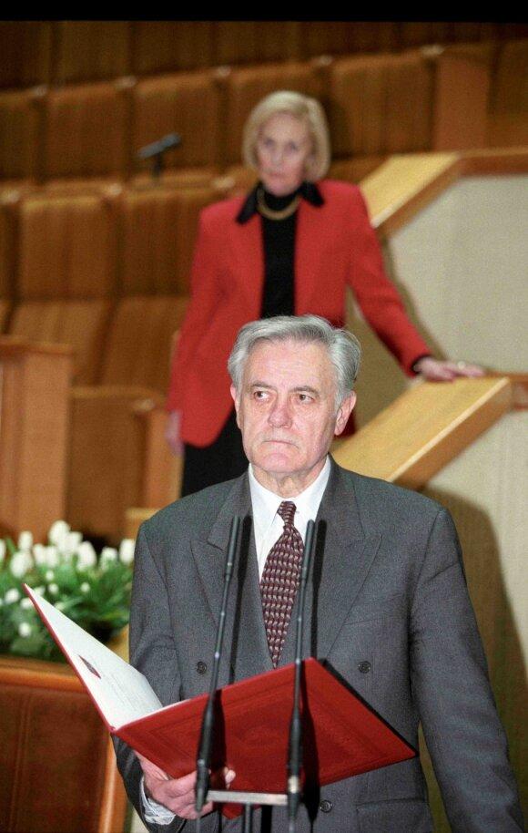 Valdas Adamkus 1998 metais, G.Mačiulio (Seimo archyvo) nuotr.