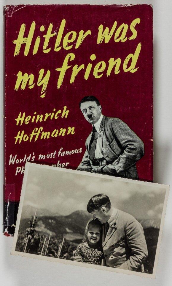 Hitleris su Bernile Nienau