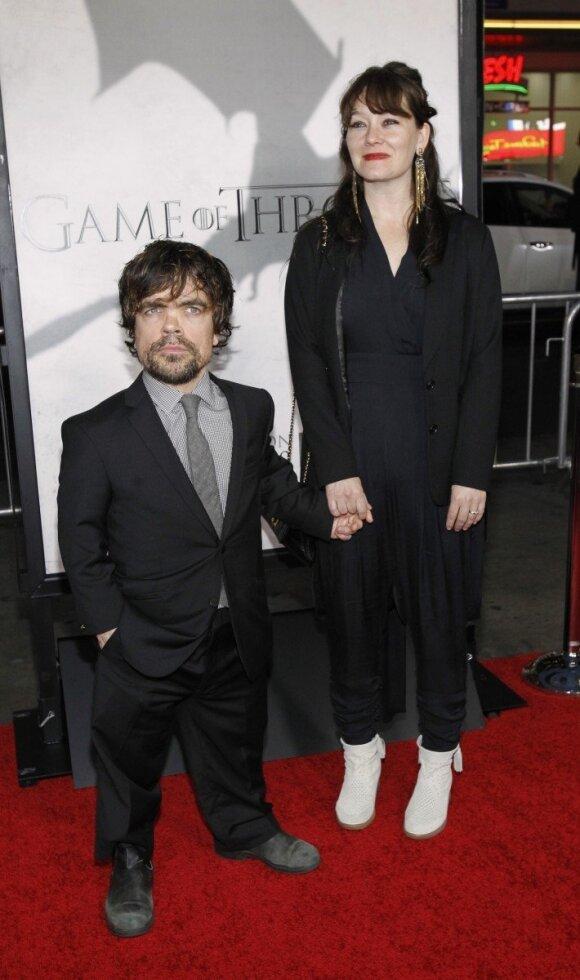 Peteris Dinklage'as su žmona Erica Schmidt