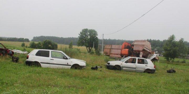 Išardyti automobiliai