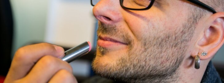 Dior lūpų šveitiklis-balzamas